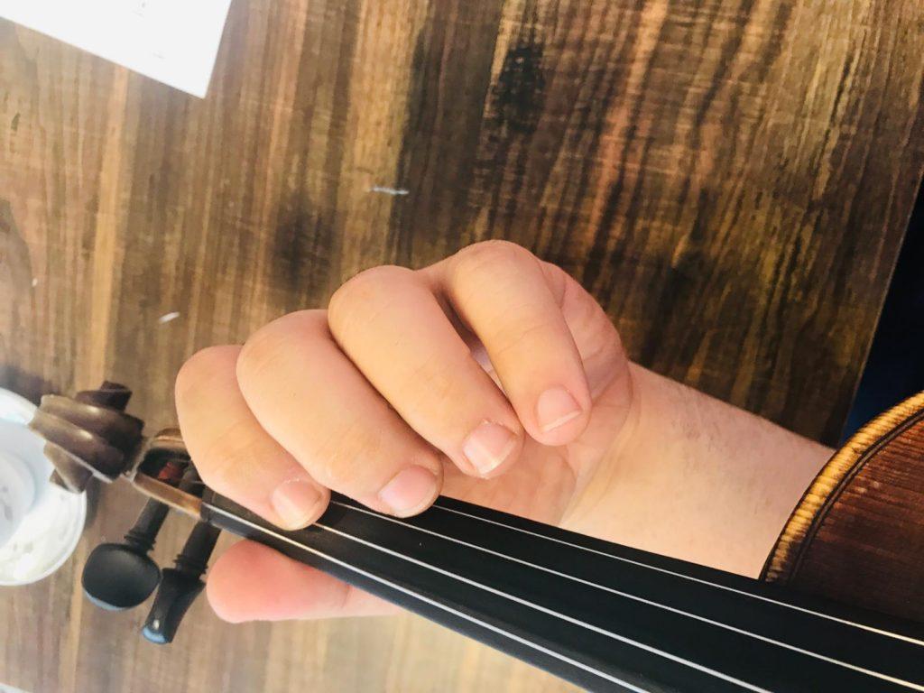 Kemanda Vibrato Çalışması: Parmak titretme nasıl yapılır?
